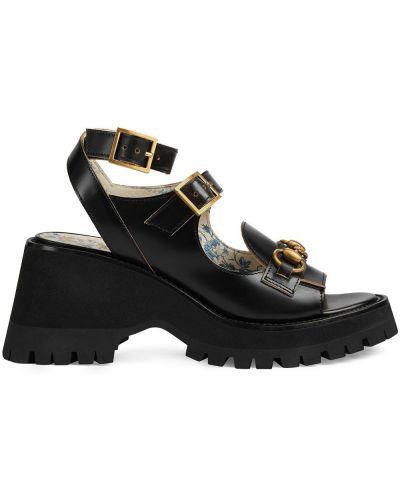 Czarne sandały na platformie skorzane Gucci