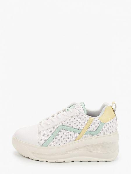 Белые кроссовки Kylie