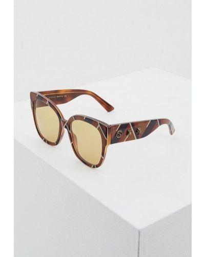 Коричневые солнцезащитные очки Gucci