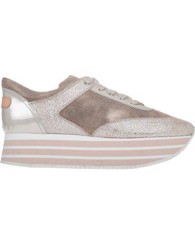 Кроссовки на платформе розовый Pertini