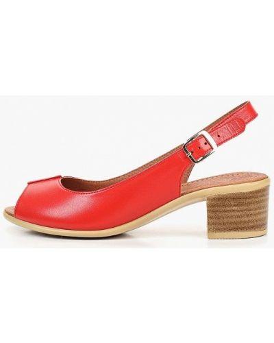 Босоножки на каблуке кожаные красный Shoiberg
