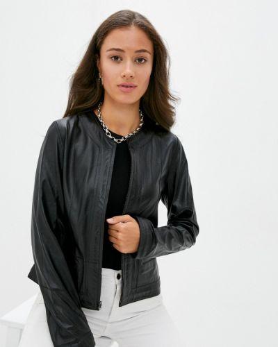 Черная кожаная куртка Madeleine