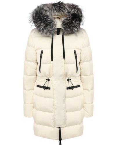 Куртка с капюшоном с мехом с перьями Moncler