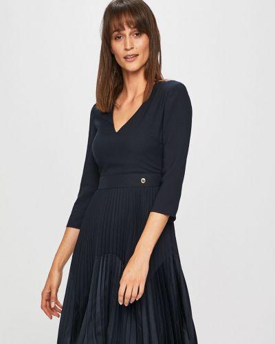 Джинсовое платье облегающее расклешенное Trussardi Jeans
