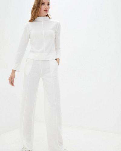 Костюмный белый костюм Zubrytskaya