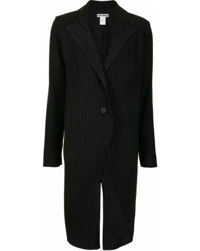 Черный удлиненный пиджак на пуговицах со шлицей Issey Miyake