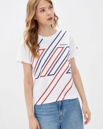 Белая зимняя футболка Superdry