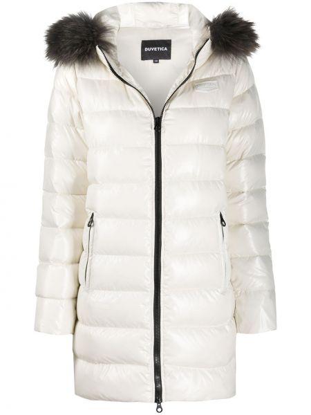 Белое пуховое длинное пальто с опушкой с карманами Duvetica