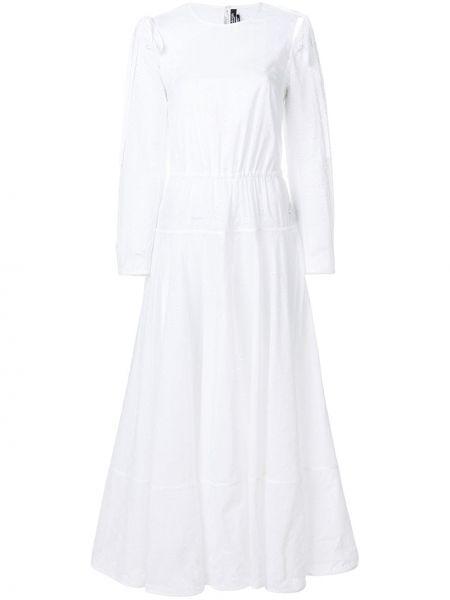 Белое платье с вышивкой с вырезом эластичное Calvin Klein 205w39nyc