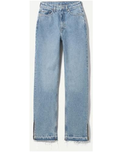 Синие джинсы с разрезами по бокам Weekday