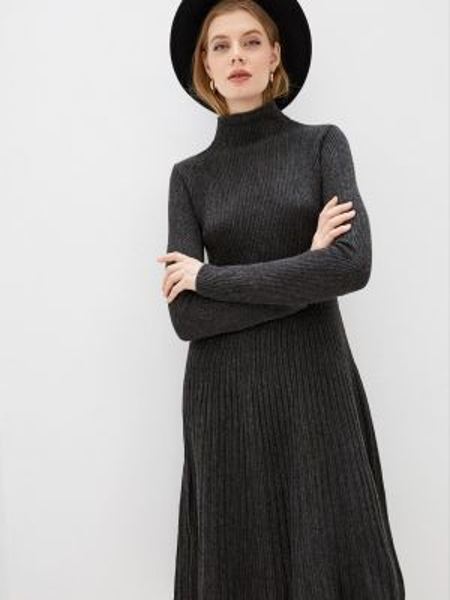 Вязаное серое платье Sewel