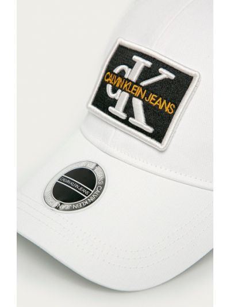 Джинсовая шапка Calvin Klein Jeans
