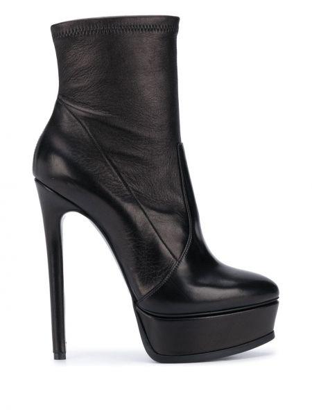 Черные сапоги на шпильке на каблуке на платформе из натуральной кожи Casadei