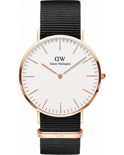 Часы золотые Daniel Wellington