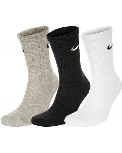 Спортивные носки серые нейлоновые Nike