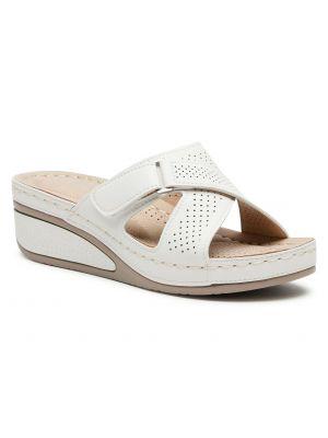 Białe sandały skorzane na co dzień Clara Barson