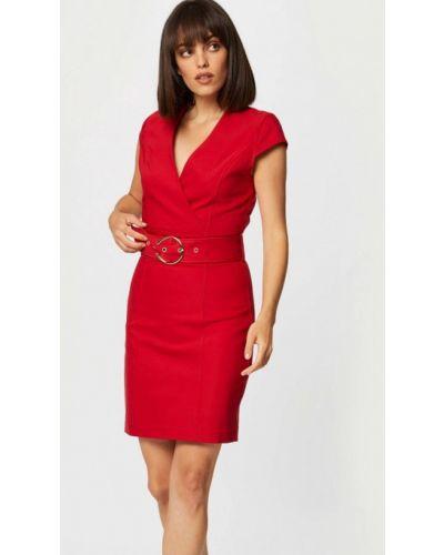 Красное платье-футляр Morgan