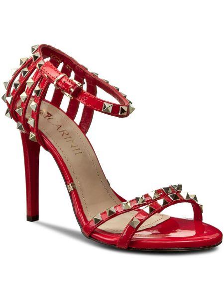 Sandały skórzany czerwony Carinii