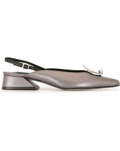 С ремешком серые туфли на каблуке с пряжкой на каблуке Yuul Yie