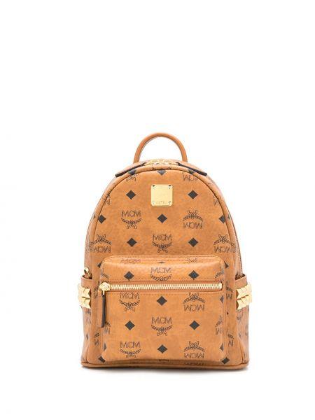 Brązowy plecak skórzany z printem Mcm
