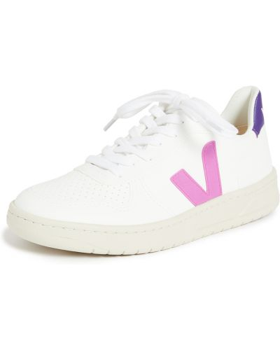 Белые кроссовки на каблуке на шнурках Veja