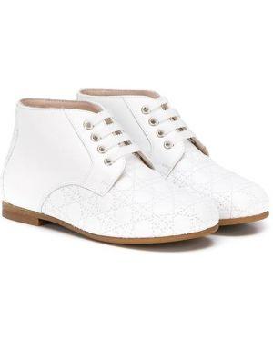 Białe ażurowe ankle boots skorzane Baby Dior