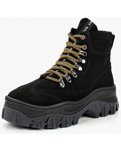 Ботинки осенние замшевые Bronx