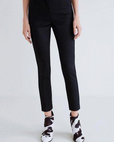 Классические брюки черные весенний Mango