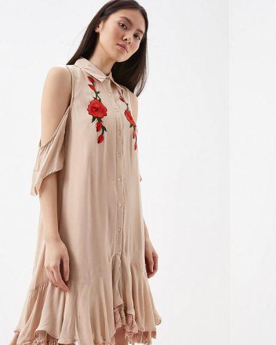 Бежевое платье Glamorous