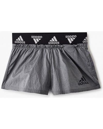 Серые спортивные шорты Adidas