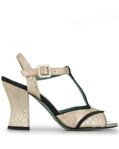 Открытые босоножки на каблуке с пряжкой Paola D'arcano