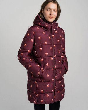 Красная куртка Befree
