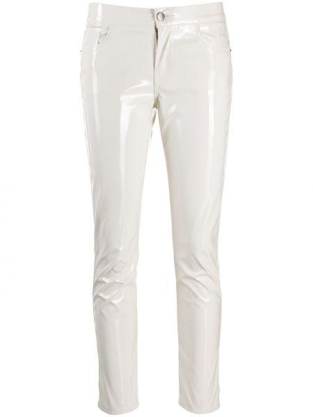 Лаковые белые брюки узкого кроя с потайной застежкой Laneus