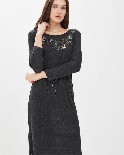 Платье прямое осеннее Sela