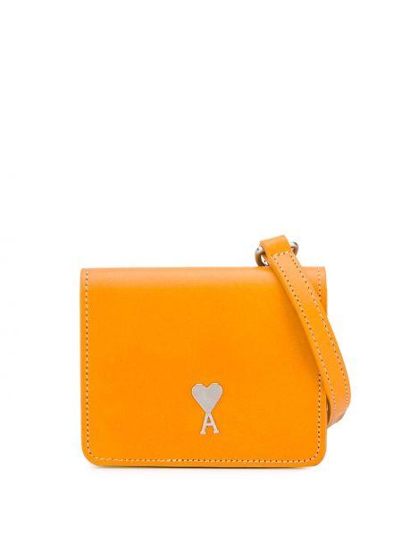 Желтая кожаная маленькая сумка с пряжкой Ami Paris