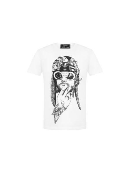 Белая футболка с надписью из органзы с надписью Dom Rebel