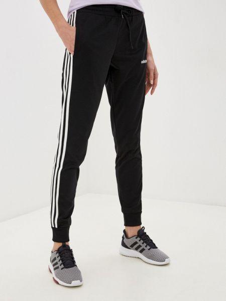 Спортивные брюки черные весенний Adidas