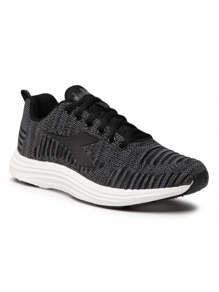 Buty do biegania - czarne Diadora