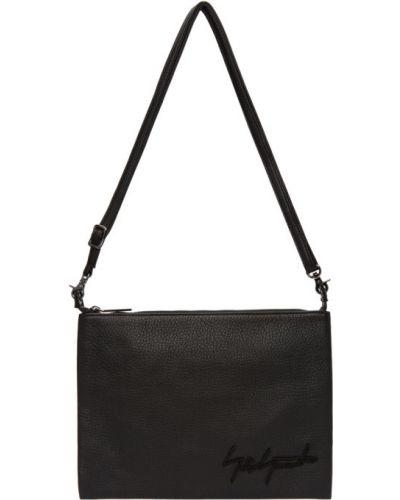 Czarna torebka skórzana z haftem Yohji Yamamoto