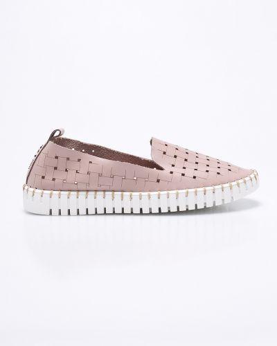 Розовые ботинки на платформе Carinii