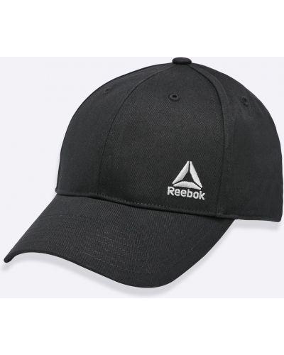 Черная шляпа Reebok