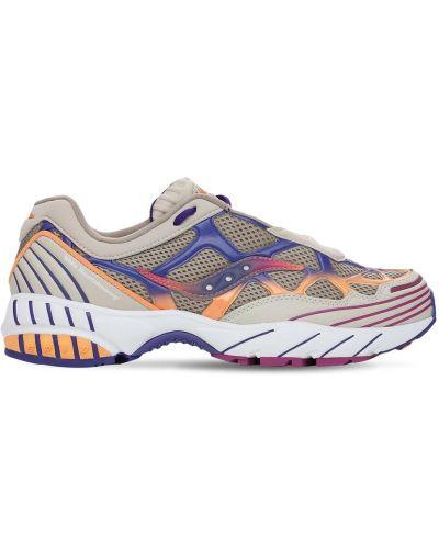 Белые кроссовки с сеткой на шнуровке Saucony