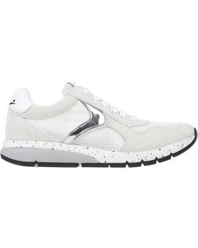 Белые кроссовки замшевые Voile Blanche