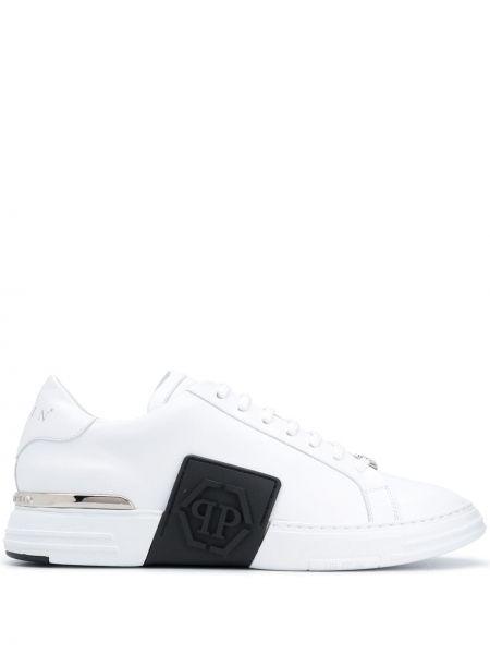 Czarne sneakersy skorzane sznurowane Philipp Plein