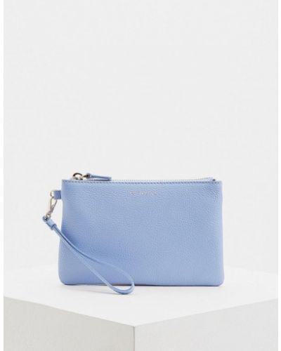 Голубая косметичка Coccinelle