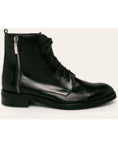 Ботинки на каблуке черные Solo Femme