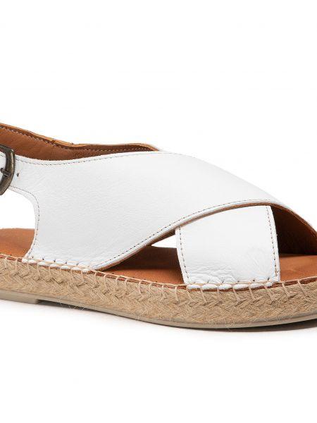 Białe sandały Badura