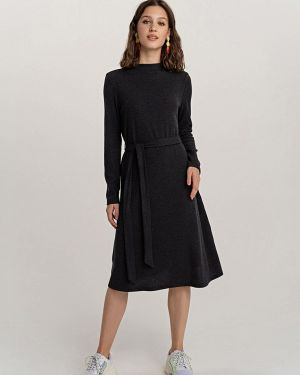 Платье осеннее прямое Befree