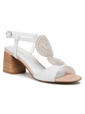Białe sandały skorzane Lasocki