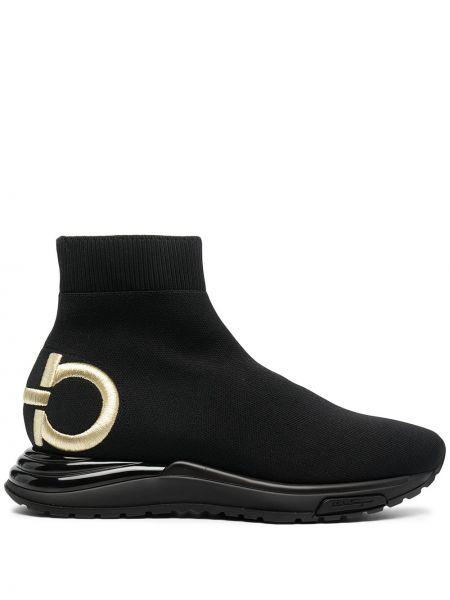 Prążkowane czarne sneakersy skorzane Salvatore Ferragamo